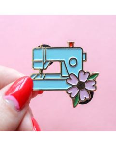 Crafty Pinup - Blue Sewing Machine Pin